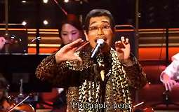 Video Viral 'Pen Pineapple Apple Pen' Versi Orkestra