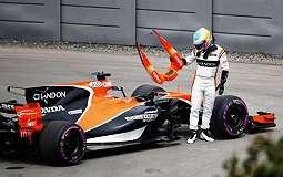 Mesin Honda Bermasalah, McLaren Indikasikan Kerja Sama dengan Mercedes Tahun Depan