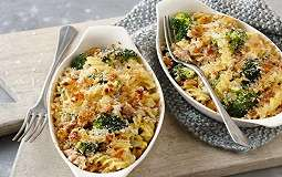 URBAN FOOD: Malam Ini, Nikmati Sensasi Pai Pasta Tuna Sayuran